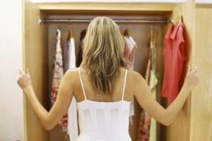vestiti nell'armadio, come indossare modi di essere