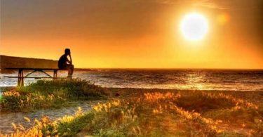 Ricerca psicologica interiore, spiaggia al tramonto