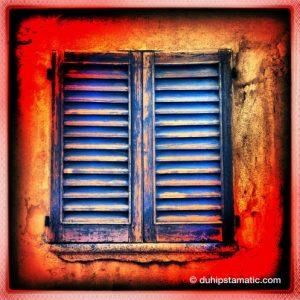 finestra chiusa, chiusura nei problemi, difficoltà psicologica
